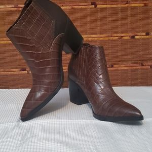 NWT Marc Fisher Booties